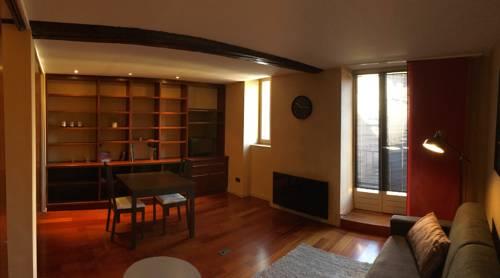 Saone 'n City : Apartment near Saint-André-de-Corcy