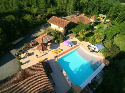 Près Du Lac Dans Le Gers : Guest accommodation near Armous-et-Cau