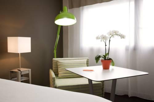Ibis Styles Annemasse Genève : Hotel near Reignier-Esery