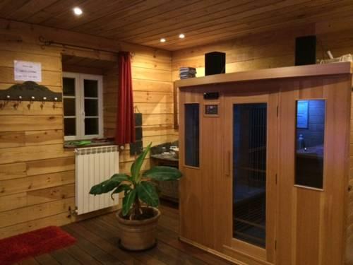 Domaine de Label, Spa, massages : Guest accommodation near Le Soulié