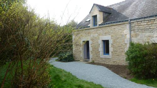 maison a locrio : Guest accommodation near Bieuzy