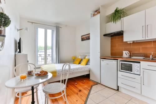 Studio Remondet Lacroix : Apartment near Neuilly-Plaisance
