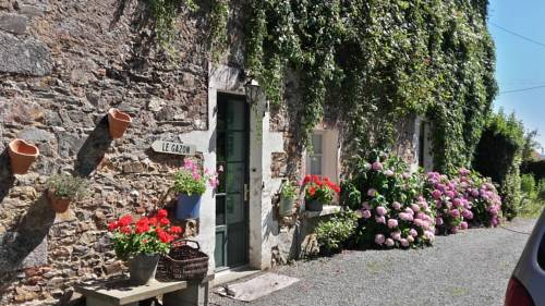 The Chateau Farmhouse : Bed and Breakfast near La Chapelle-Thireuil