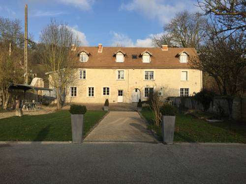 La Villa Du Moulin de Champie - Versailles : Guest accommodation near Davron