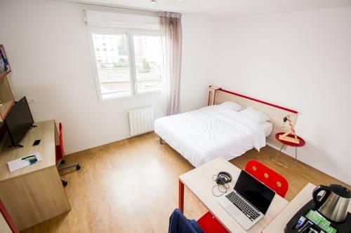 Central Fac : Apartment near Saint-Denis-lès-Bourg