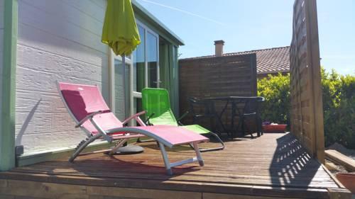 Le Cabanon de Malory : Guest accommodation near Lavilledieu