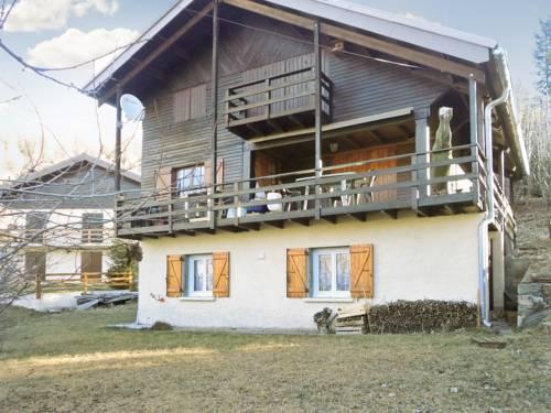 –Chalet Avenue des Mélèzes : Guest accommodation near Entraunes