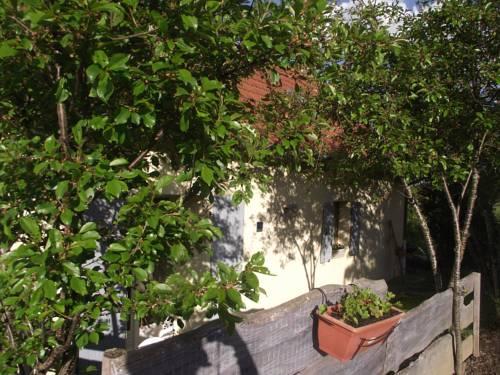 Chez Christy - Gîte : Guest accommodation near Laféline