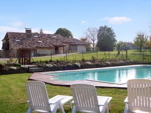 Gîte Le Noyer : Guest accommodation near Miramont-de-Guyenne