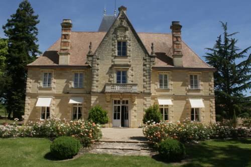 Château La Grave Béchade : Guest accommodation near Duras