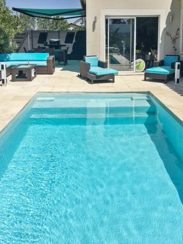 Villa with pool near Cap d'Agde : Guest accommodation near Pinet