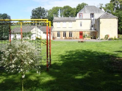 Apartment Rue de l'Eglise : Apartment near Charbogne
