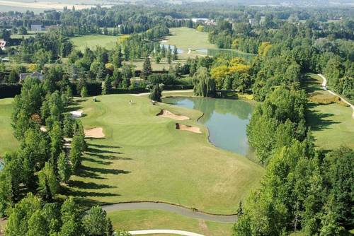 Le Gingko - Hotel du Golf Parc Robert Hersant : Hotel near Boinvilliers