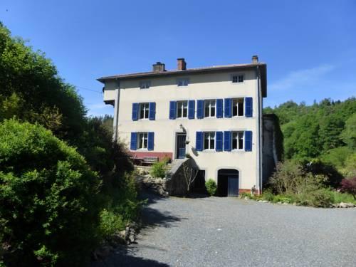 La Chambre d'hôtes du Moulin Gitenay : Bed and Breakfast near Laprugne