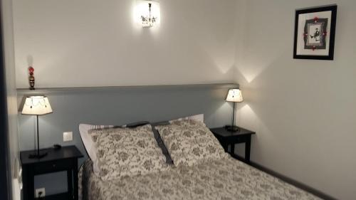 Home Nantua studio meublés Ain-Jura : Hotel near Ain