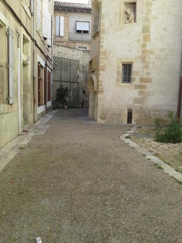 Appartement rue droite : Hotel near Aude