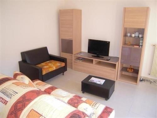 Apartment Appartement en centre ville des sables : Hotel near Vendée