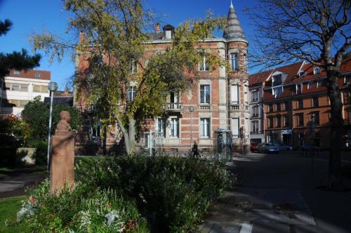 Appartement Luxueux Centre Ville : Hotel near Haut-Rhin