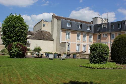 Inter-Hotel Sens Archotel : Hotel near Yonne