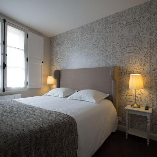 Hotel De Nemours Rennes : Hotel near Bretagne