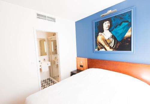 Hotel des Lys (ex Hotel Richaud) : Hotel near Yvelines