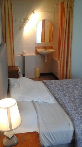 Le Saint Louis : Hotel near Loire-Atlantique
