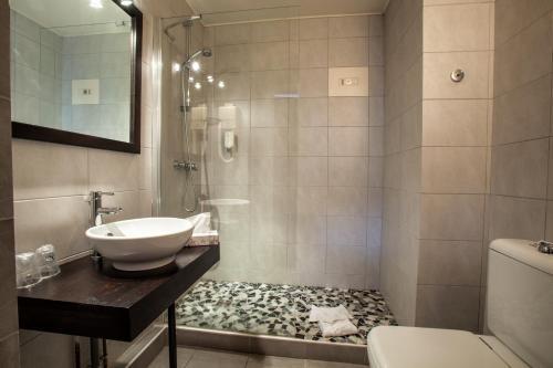 Hotel The Originals de l'Ange Colmar Sud : Hotel near Haut-Rhin