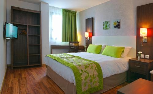 Hôtel balladins Superior Villejuif : Hotel near Val-de-Marne