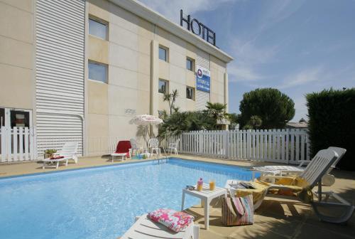 Hotel The Originals Brignoles La Belle Étape (ex Inter-Hotel) : Hotel near Var