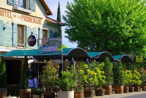 Hôtel Restaurant La Promenade : Hotel near Lot