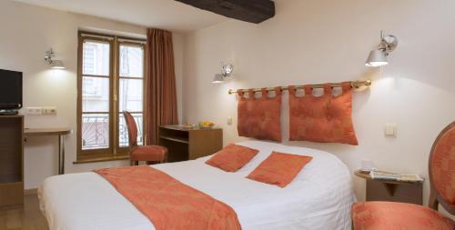 Le Saint Michel : Hotel near Ardennes