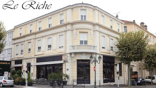 Le Riche By Sebastien Rath : Hotel near Gard