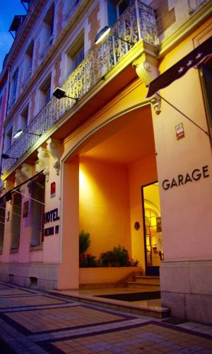 Hôtel Henri IV : Hotel near Midi-Pyrénées