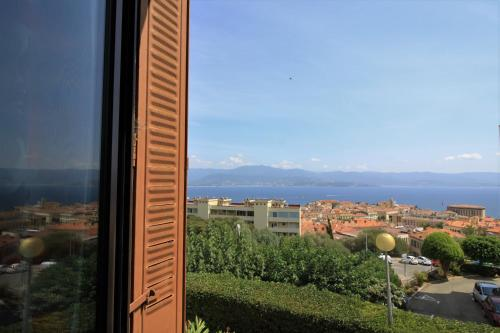 Appartement Ajaccio Vue mer : Hotel near Corse-du-Sud