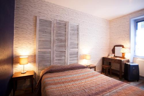 Hotel Saint Melaine : Hotel near Finistère