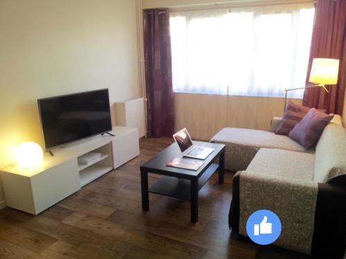 Appartement 2 pièces Cosy à Evry : Hotel near Essonne