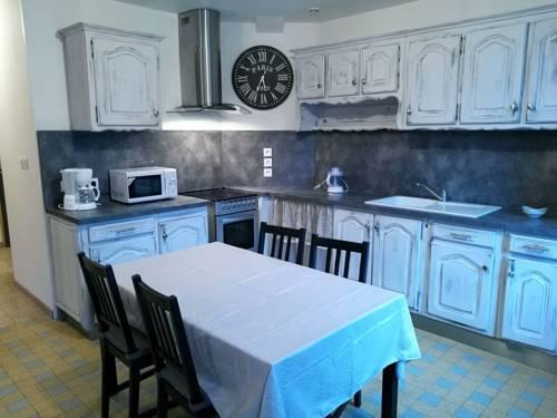 Maison de village Salency : Guest accommodation near Besmé