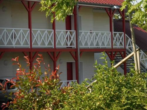 Fasthotel Montmarault : Hotel near Saint-Marcel-en-Murat