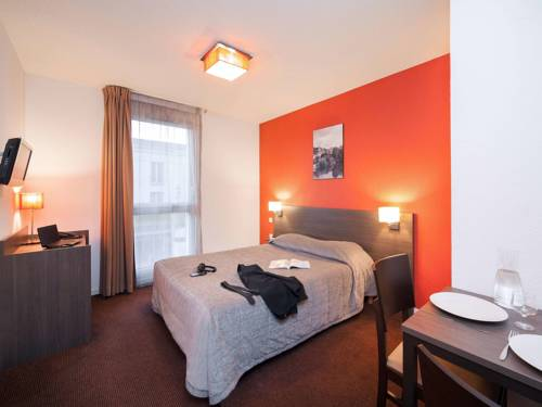 Aparthotel Adagio Access Poitiers : Guest accommodation near Poitiers