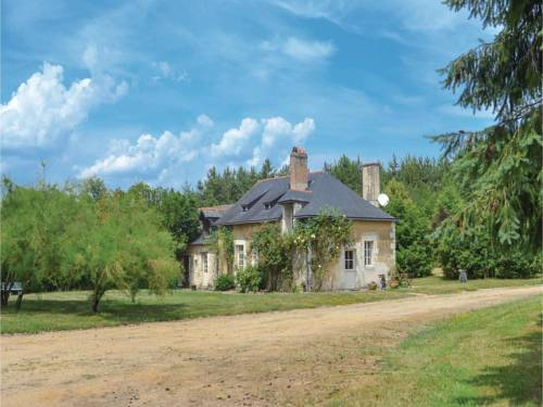 Holiday Home La Harniere : Guest accommodation near Cuon