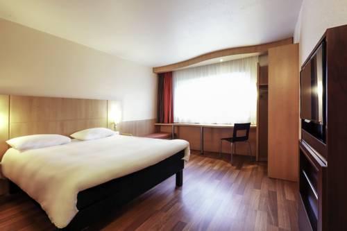 ibis Charleville Mezières : Hotel near Chalandry-Elaire