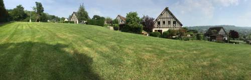 Cottage Les Ducs de Normandie : Guest accommodation near Douville-en-Auge