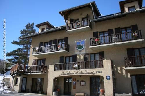 Hôtel les Balcons de Combe Rousset : Hotel near Abriès