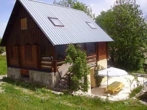 Maison De La Loutre : Guest accommodation near La Cluse