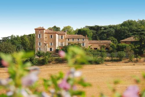 Holiday home Chateau de Montadet : Guest accommodation near Marignac-Lasclares
