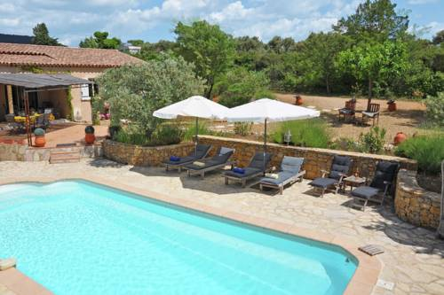 Villa Tu Verras : Guest accommodation near Aups