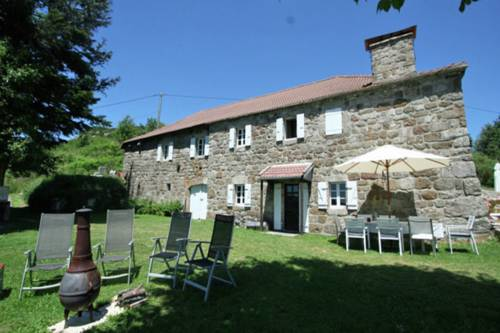 Holiday home La Montagne : Guest accommodation near Lachapelle-Graillouse