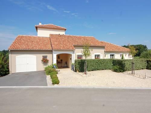 Villa La Haute Preze 47 : Guest accommodation near Sauvagnac