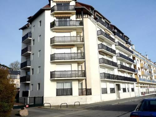 Apartment Touques Rives : Apartment near Englesqueville-en-Auge