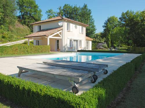 Holiday Home Lapeyriere : Guest accommodation near Sauzet